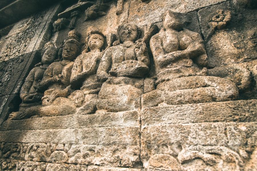 Borobudur-2-2.jpg