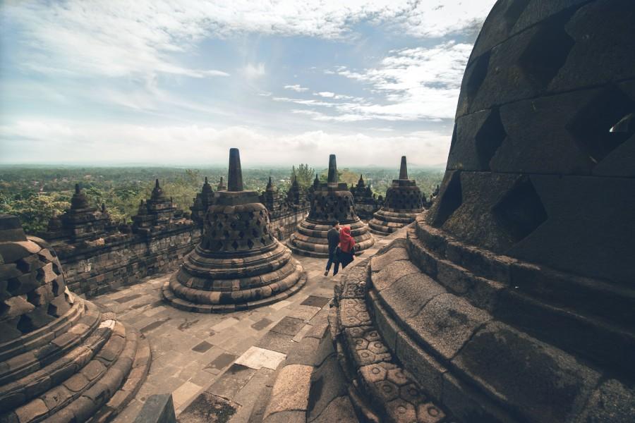 Borobudur-walk-12.jpg